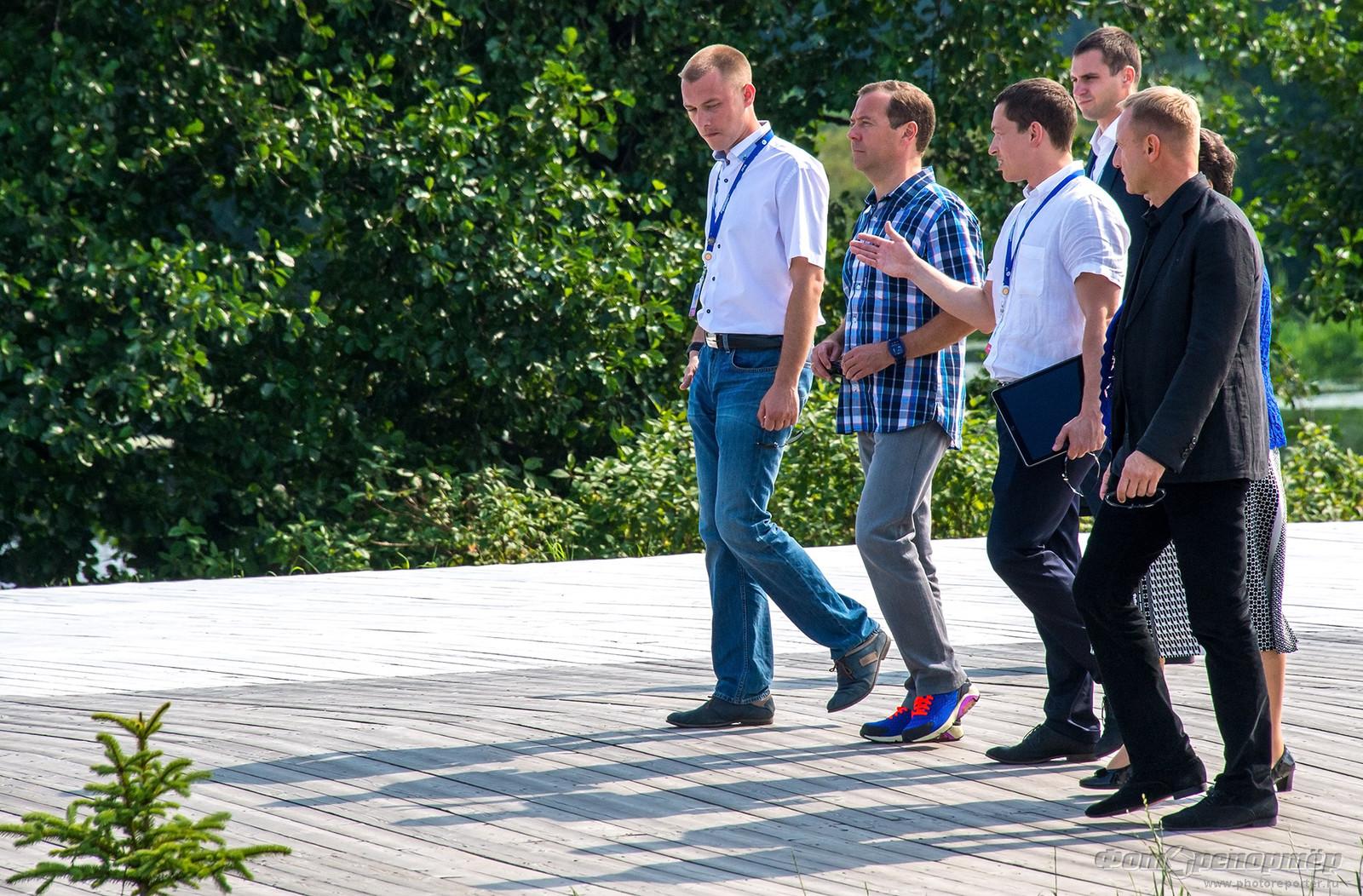 Медведев приехал!