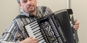 Андрей Попов и аккордеон